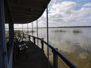 PS Federal Retreat Paddle Steamer Goolwa - Stayed
